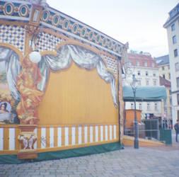 Wien in Diana Mini: Blank Carnival by neuroplasticcreative