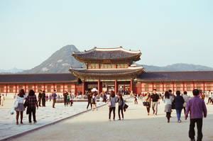 Gyeongbokgung Palace: Palace Gate by neuroplasticcreative