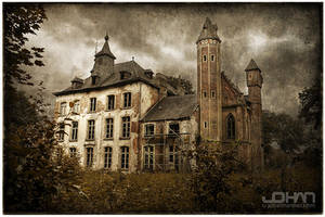 Hoogmeyer Castle by nahojsennah
