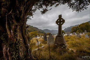 Graveyard by nahojsennah