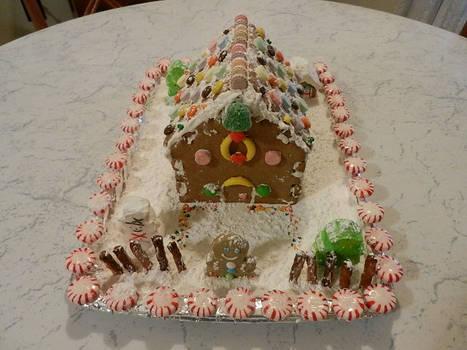 2018 Gingerbread House by Pumpkin-Pie13