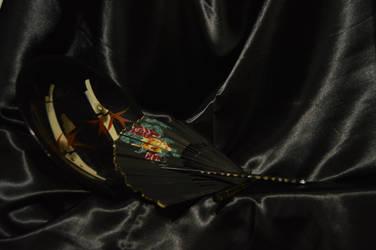 Traditional and Black by HauzKauz
