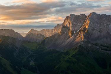 Karwendel sunrise II by acoresjo88