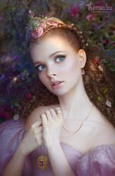 Raspberry Fairy by cornacchia-art
