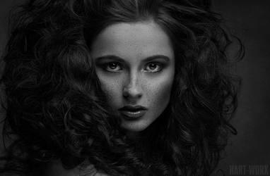 Annika by Hart-Worx