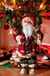 Santa by marialivia16
