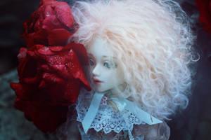 cold girl by SelenaAdorian