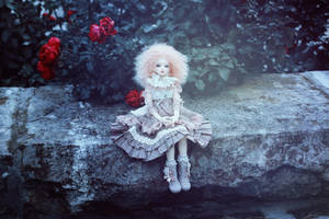 waiting for  winter by SelenaAdorian