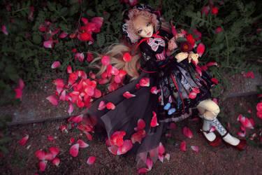 Roses around you by SelenaAdorian