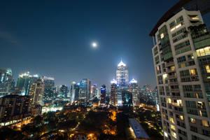 Bangkok Moon by burningmonk