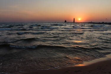 Grand Haven Sunset 1 by RollingFishays