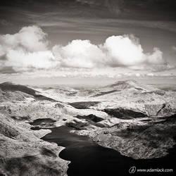 Air Between Us by adamlack