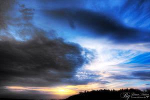 Surreal Sunset by LinsenSchuss