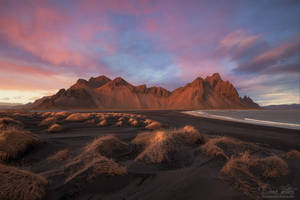 The burning Vestrahorn by LinsenSchuss