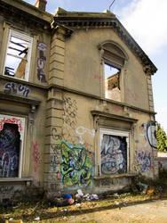 Hollywood Lodge, Epsom by Godlesswanderer