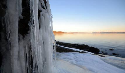 Ice n' ocean by N-o-B