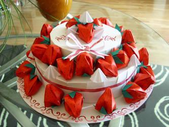 origami strawberry cake by pandasnacks