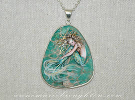 Seafoam Dreams by Mocten