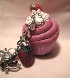 Cupcake charm by Grotesque-beauty