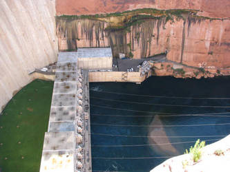 Dam3 by Grotesque-beauty