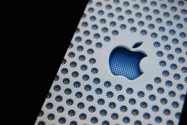 Apple by SebSil