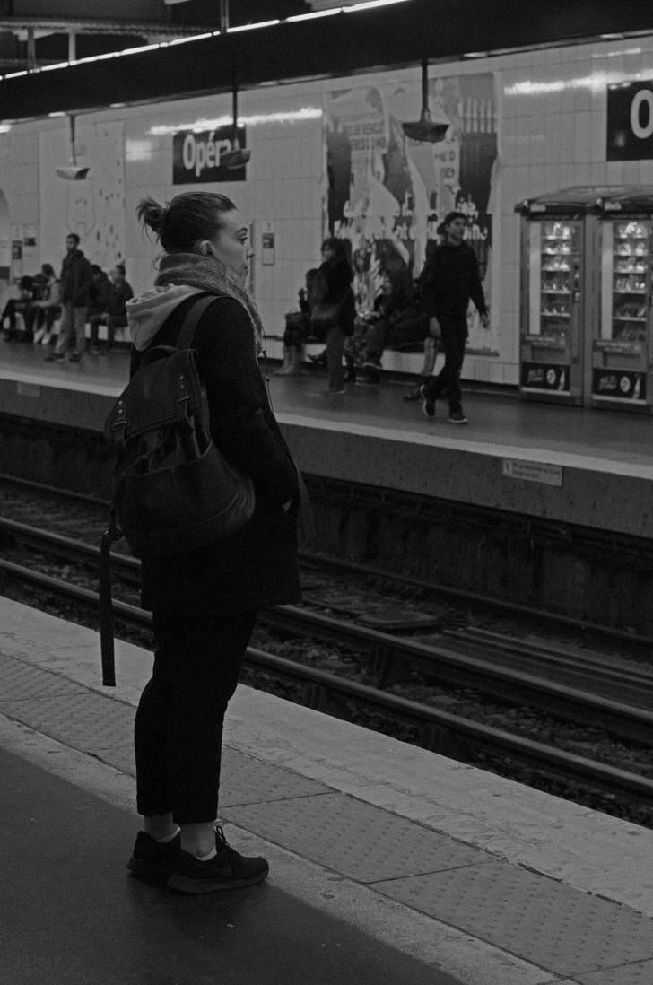 waiting the subway by blackcatsshoot