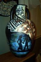 Rear view of vase by bigvallysgirl