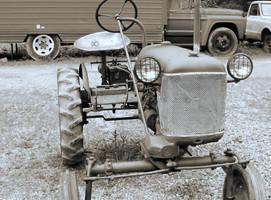 tractor... by billndrsn