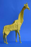 Giraffe by PeteriDish