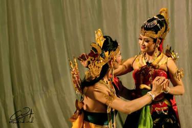 Arjuna and Srikandi by tukangkodak