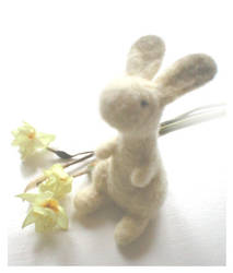 Needle felted hare by Victoria-Poloniae