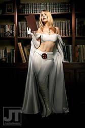 Emma Frost by jaytablante
