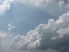 fluffy cloud by DisneyPrincessNeeNee