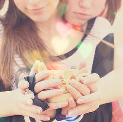Girls love in a teacup by Emmatyan