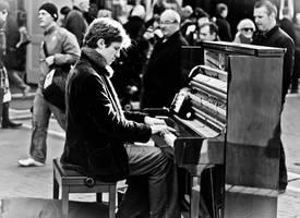 Pianist by MrZhilas