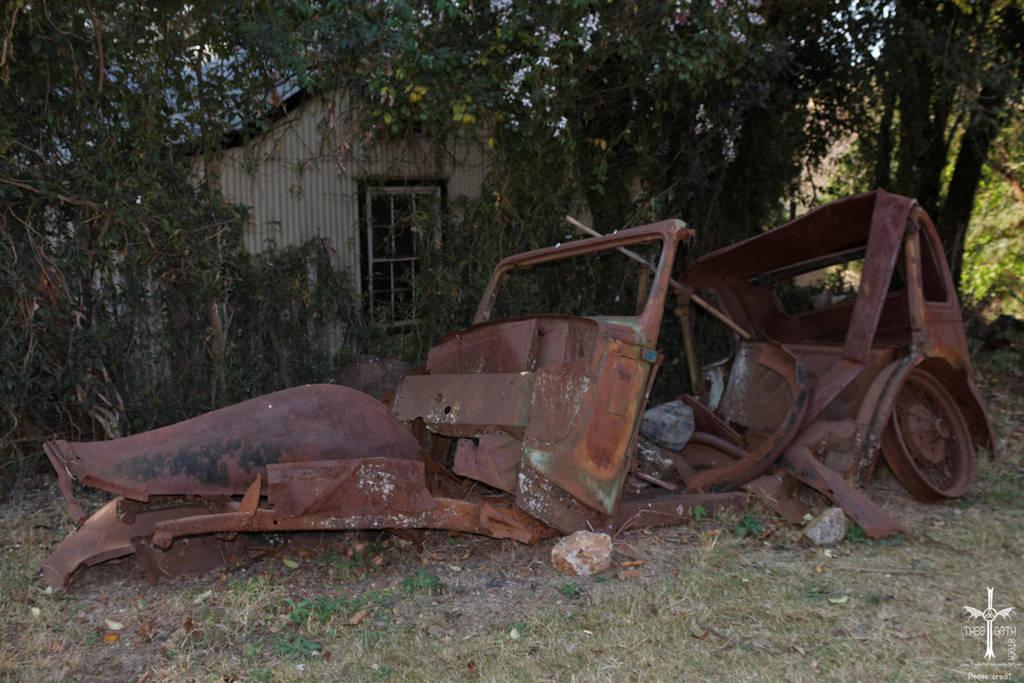 Austin Wreck by TheoGothStock