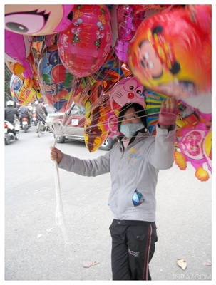 Balloons for sale in Hanoi by kayne