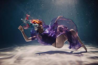 underwater Valya (2) by SolMay