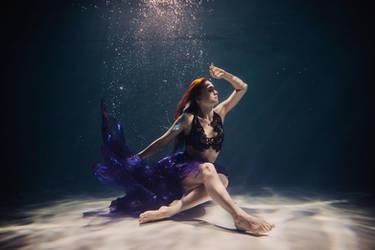underwater Valya (3) by SolMay