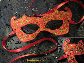 Girl On Fire lace mask by Verdaera