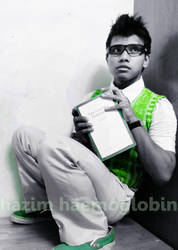 Vous etes un nerd, Hazim. by HazimHaemoglobin