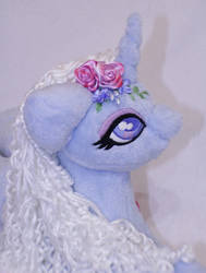Dewdrop - Large - Sold by LadyLittlefox