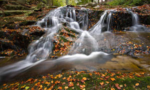 Long Exposure waterfalls by Bull04