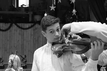 lectia de vioara by SorinDanut