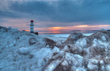 Lighthouse by alexrkv