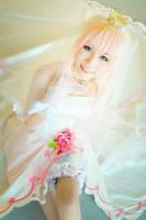 AFA'12 - Sheryl Nome (wedding dress) by macross-n