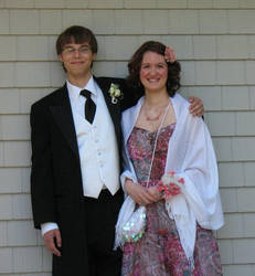 Senior Prom 2011 by Luluko17