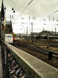 Koln Hauptbahnhof by urosch
