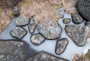Stones and ice by vjahola
