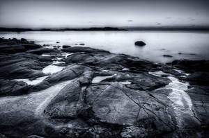 The Sea Starts Freezing by vjahola